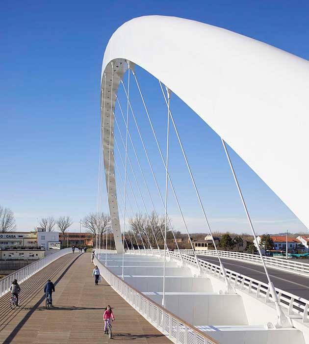 Alessandria il primo ponte di richard meier ioarch for Richard meier opere