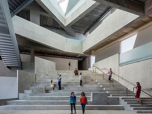 LA GLASSELL SCHOOL OF ART DI STEVEN HOLL